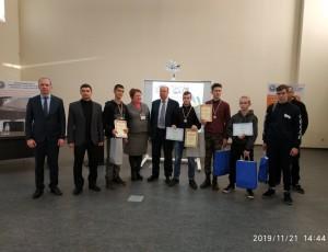 Переможці конкурсу з членами журі